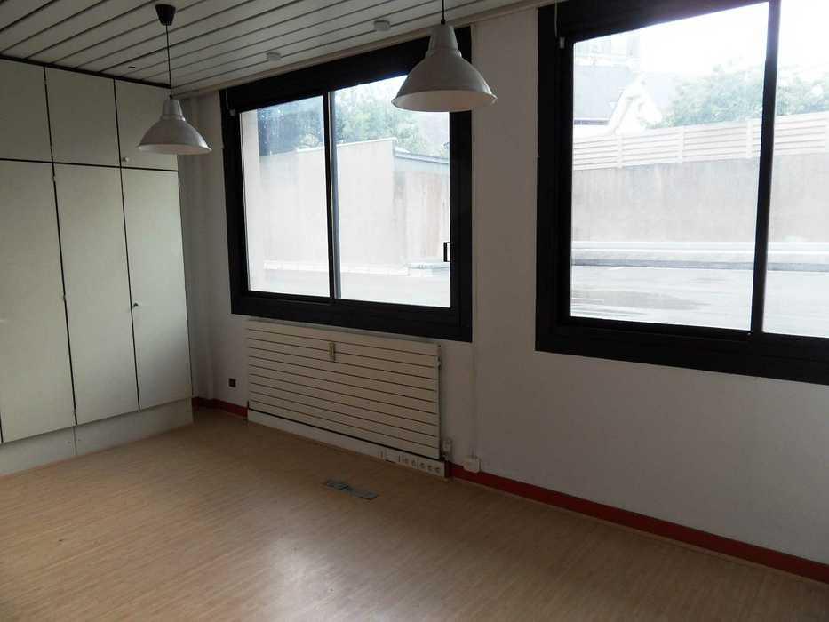 Réaménagement d''un local commercial - Saint Brieuc sdc14040